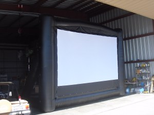 Blimp Screen Outdoor Video And Movie Screens By Blimpscreen